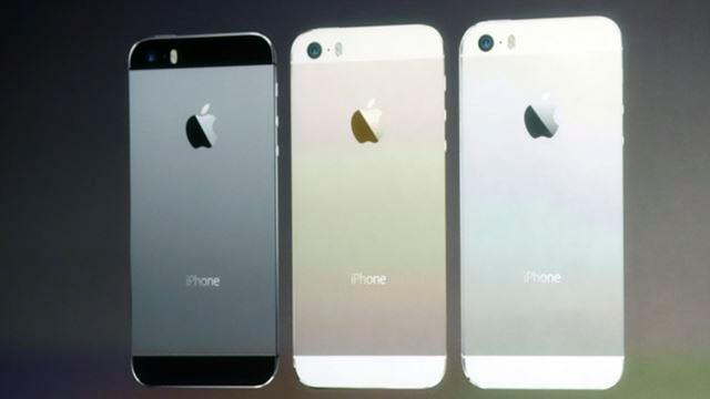 The new iPhone 5S comes in black, silver, and gold.