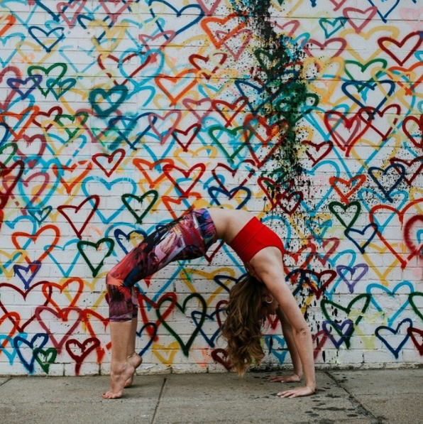 (Image: Photo by @emmaweissphoto via IG user @capitalyogagirl / instagram.com/capitalyogagirl)