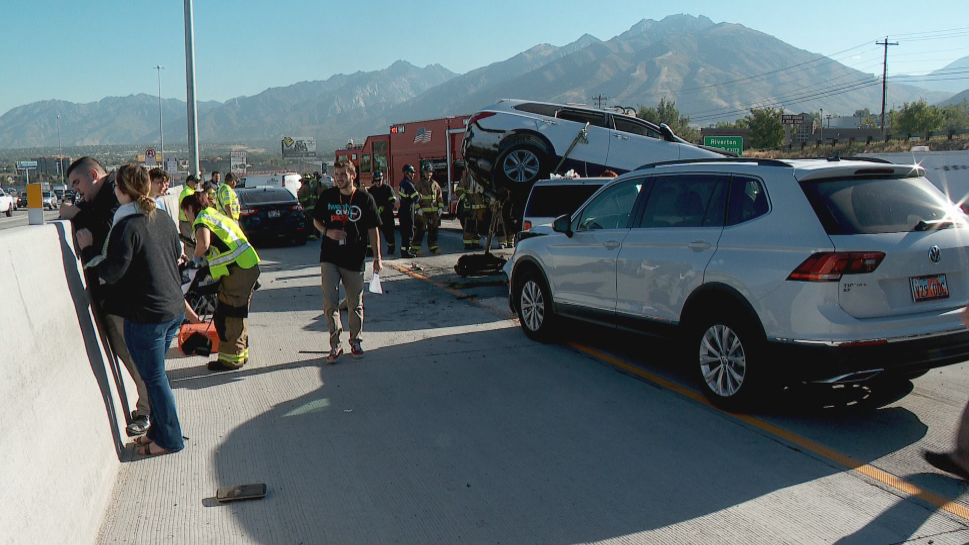 Vehicle lands on top of another during crash on I-15 in Draper. (Photo: Morgan Saxton /  KUTV)