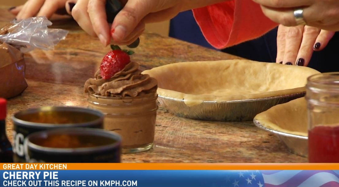 Chef Carolyn Ocheltree making Chocolate Mousse in a Jar