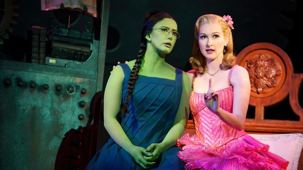 'Wicked' casts a bewitching spell at The Paramount Theatre
