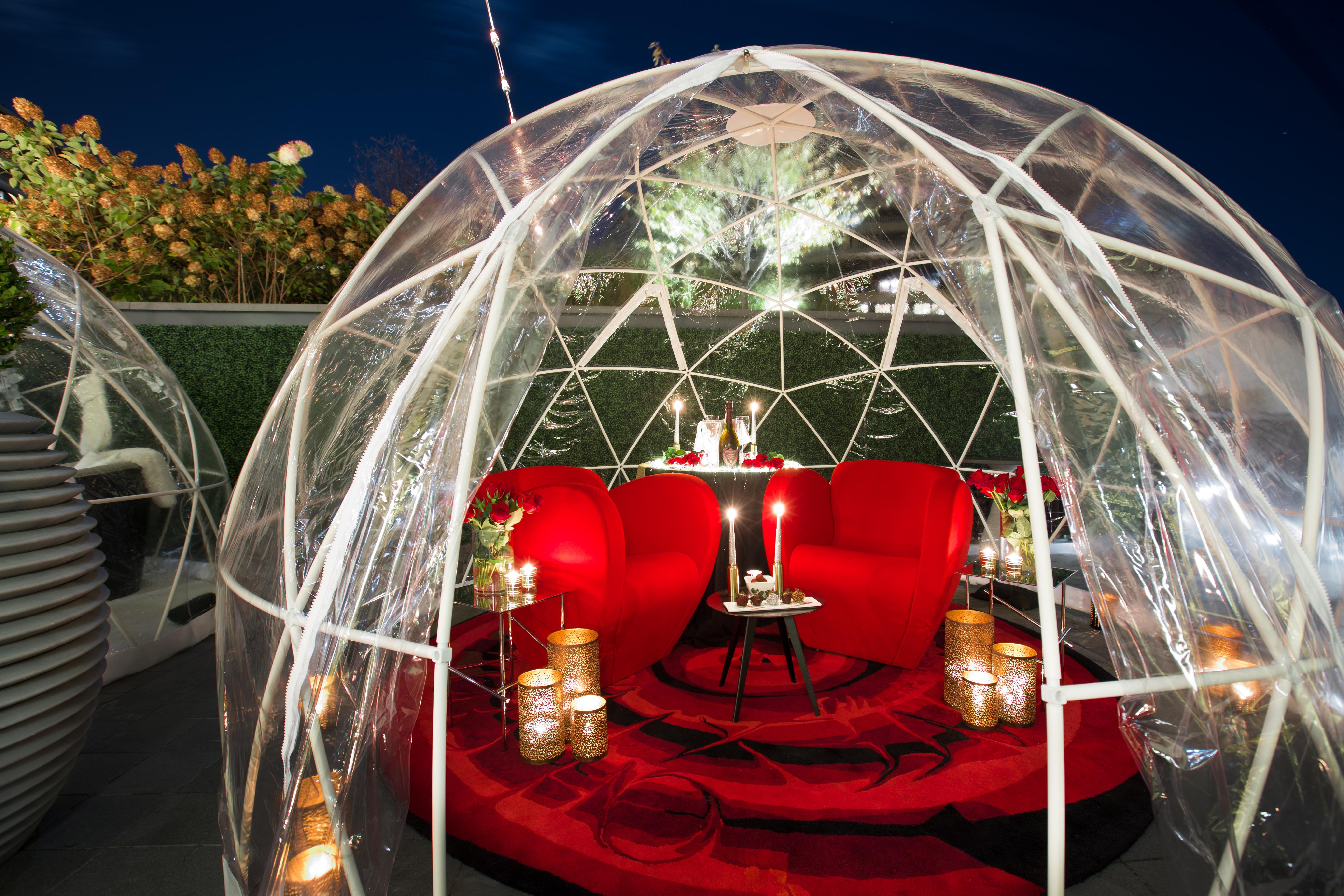 The four 12-foot heated domes each have a different theme and are located on the outdoor terrace of The Next Whisky Bar and require a reservation. (Image: Courtesy Watergate Hotel)<p></p>