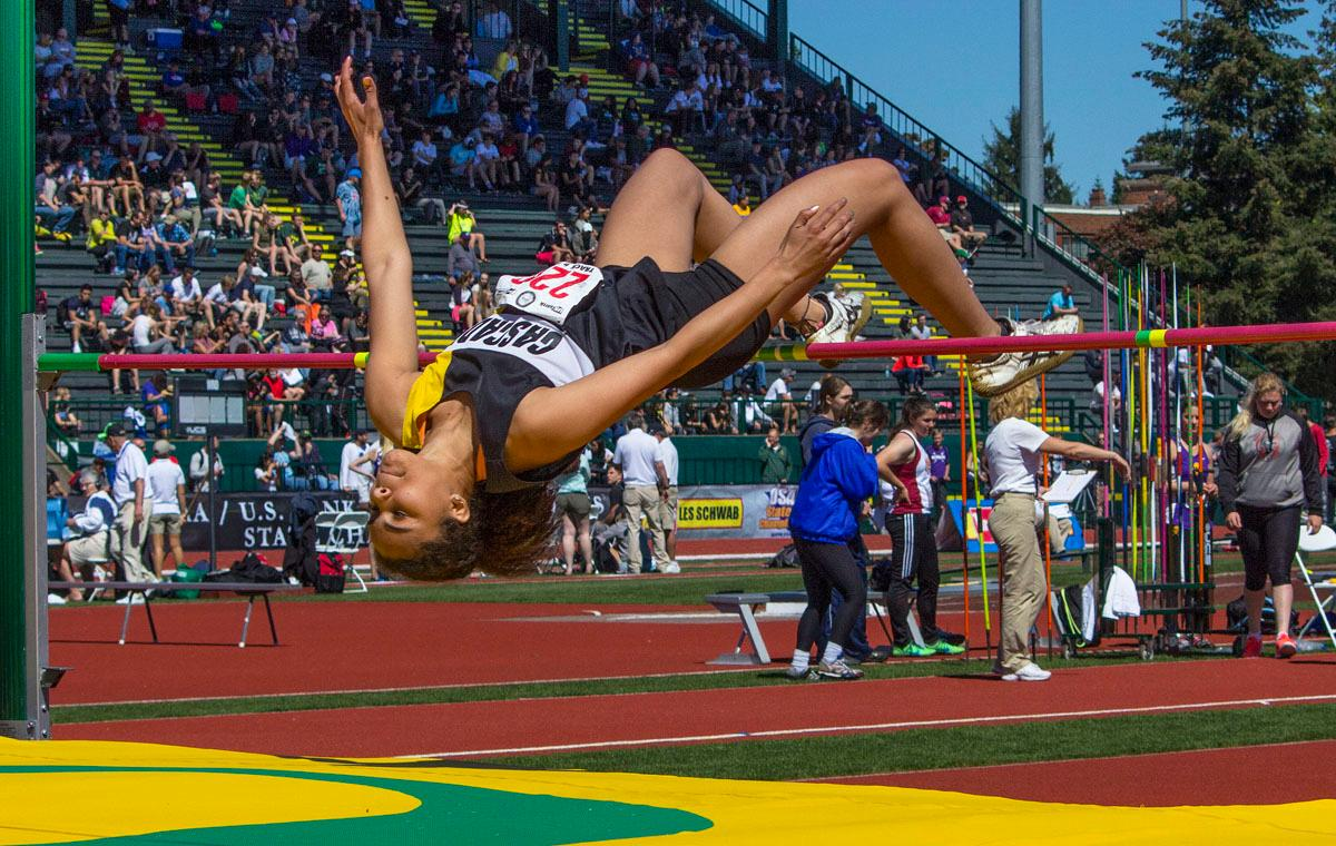 Kalulu Ngaida participates in the 4A Girls High Jump at the OSAA Track and Field State Championships at Hayward Field. Photo by Nichole Louchios, Oregon News Lab.