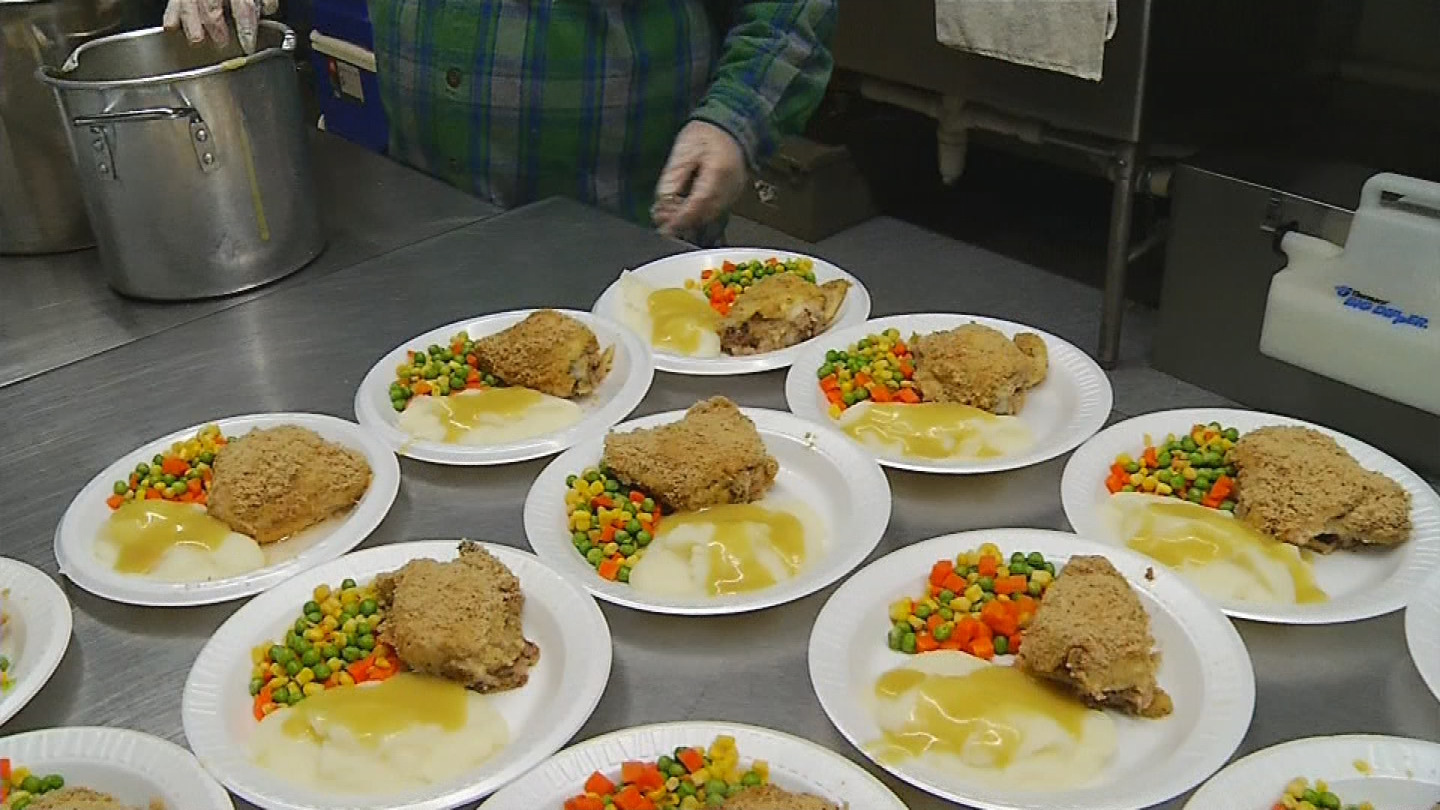 Those who are staying at the Emmanuel Shelter in Providence are also served a hot meal. (WJAR photo)<p></p>