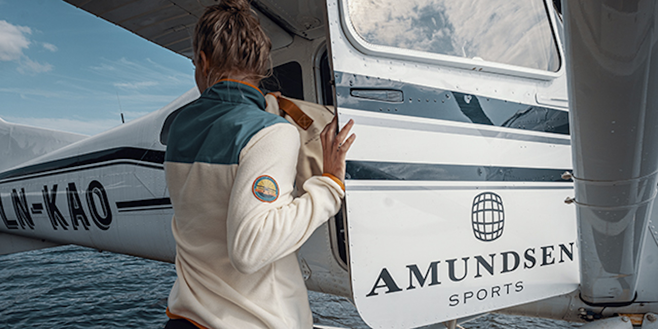 "<p>The Amundsen Roamer Fleece is a lightweight, durable, and super soft fleece top for those chilly nights. It features wool fleece from Pontetorto, Italy and is made from 39 percent wool and 61 percent polyester. /{&nbsp;}<a  href=""https://amundsensports.com/"" target=""_blank"" title=""https://amundsensports.com/"">Website{&nbsp;}</a>/ Price: $199 / Image courtesy of Amundsen // Published: 12.6.20</p>"