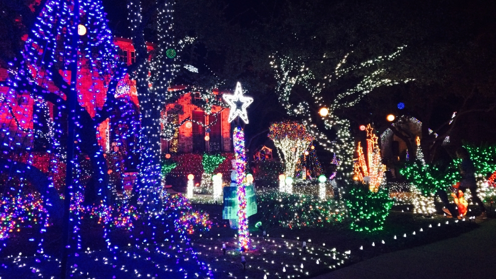 festive holiday house in georgetown inspires donations to make a wish