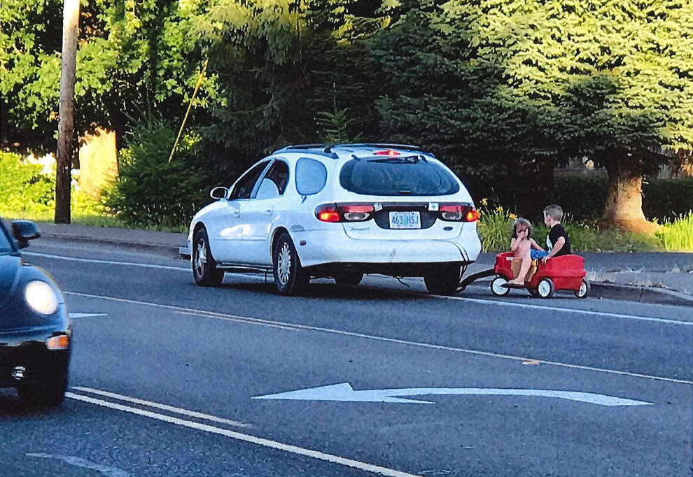 Damaris Carlson said he witnessed Alana Donahue pulling her kids in a red wagon behind her car. (Photo courtesy Damaris Carlson)